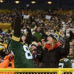How Lambeau comes alive on Packers game day