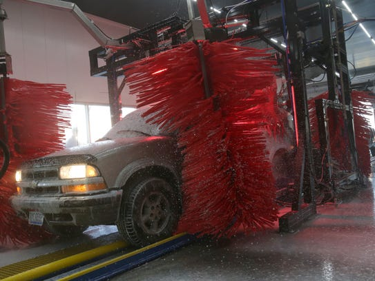 New high tech car wash opening in ontario the buckeye express car wash at the corner of lexington springhill solutioingenieria Image collections
