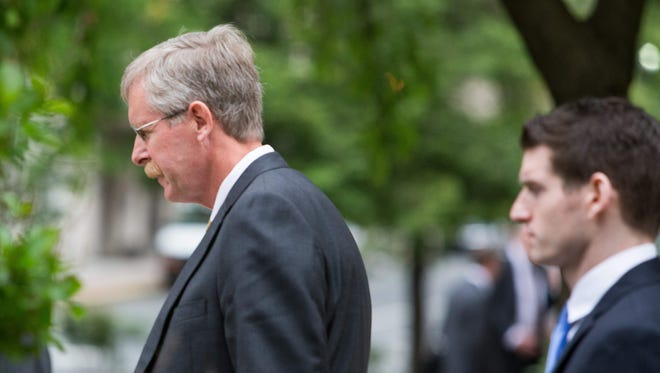 William North, former Wilmington Trust chief credit officer, leaves his arraignment in U.S. District Court in 2015.