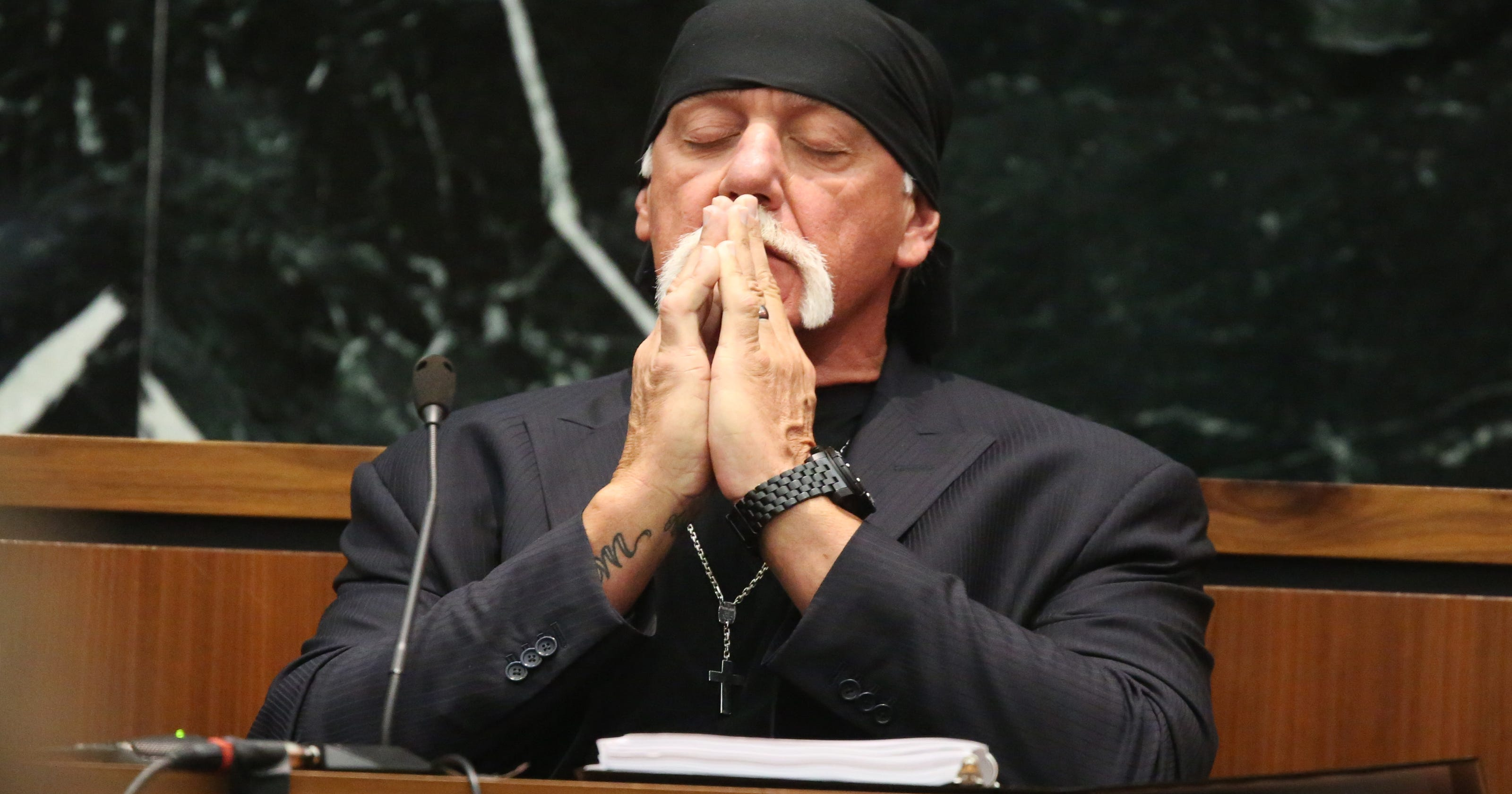 Will Hulk Hogans Sex Tape Award Kill Gawker