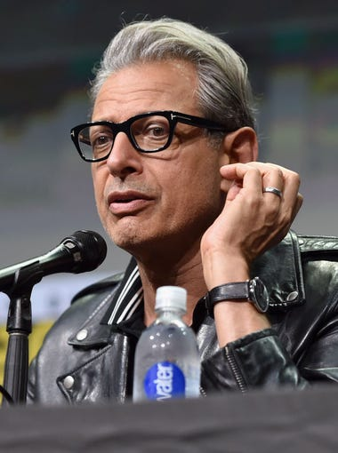 """Jeff Goldblum will be one of many celebrities at Phoenix Fan Fusion.&nbsp;<strong>Going to Phoenix Fan Fusion 2019?</strong> <a href=""""https://www.azcentral.com/story/entertainment/events/2019/05/09/phoenix-fan-fusion-2019-tickets-dates-visitor-tips/3657770002/"""" target=""""_blank"""">Here&#39;s everything you need to know.</a>"""