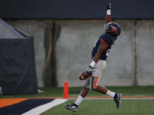 UTEP's Aaron Jones points heavenward after running for a long touchdown Saturday against Houston Baptist.