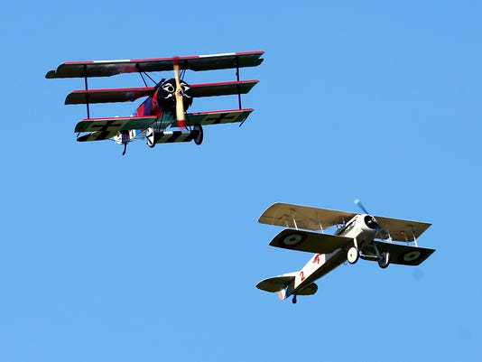 AP_WWIairplanes.jpg