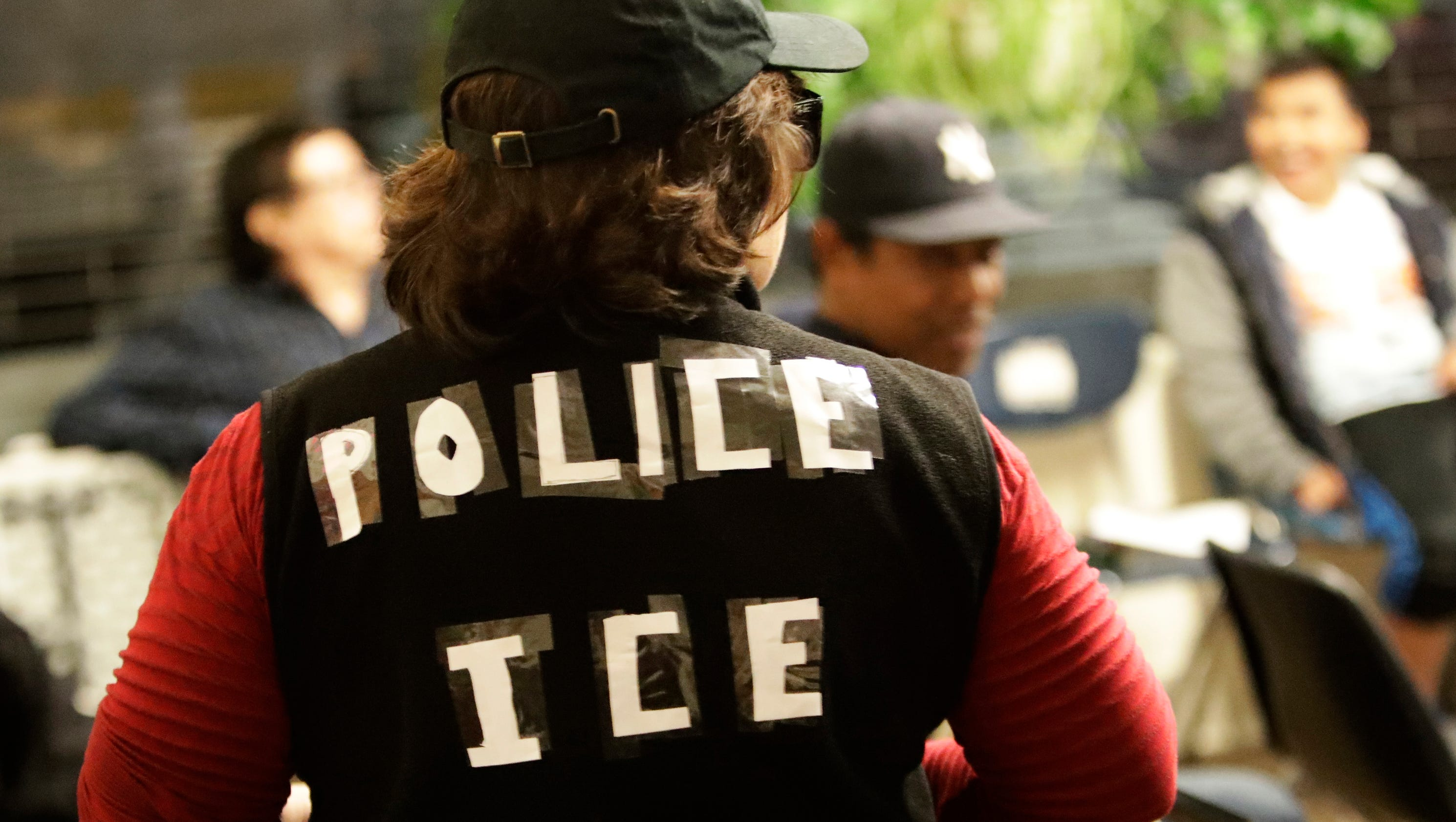 fearful immigrants are offered anti deportation training