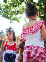 Kids eat ice cream at Star Spangled Sparks