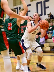 Mitchell Miller scored 18 straight points for Woodmore in win over Oak Harbor.