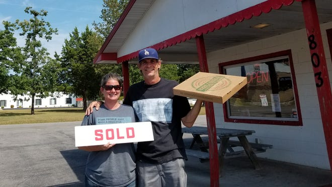 LaRea and Jeff Miller are the new owners of Bush's Pizza in Bull Shoals.