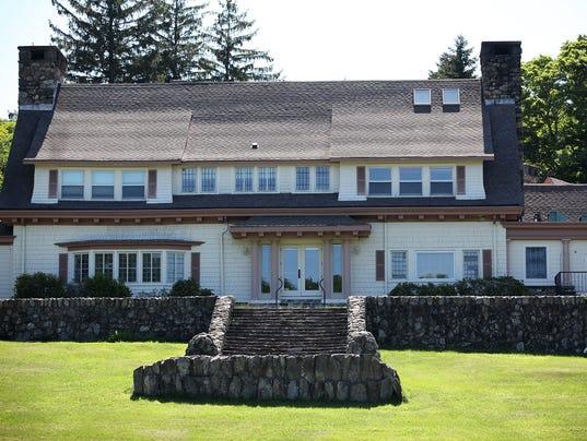 Tour of Carmelite retreat house