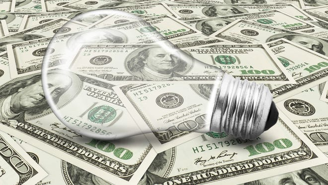 There are several ways to cut your power bills this summer.