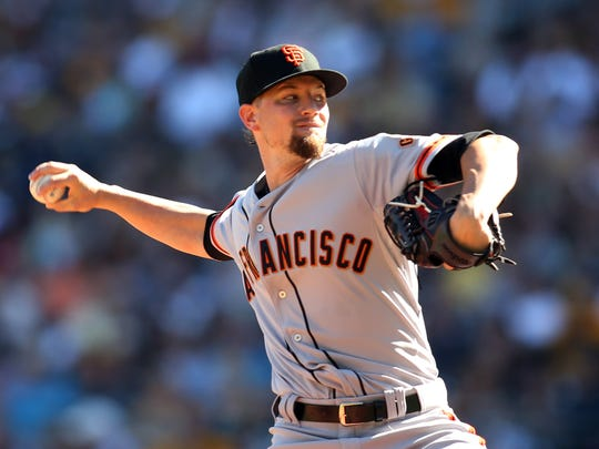 Mike Leake put up league-average numbers while pitching