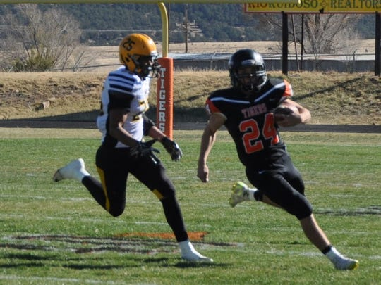 Capitan's Price Bowen moves the ball down the field.