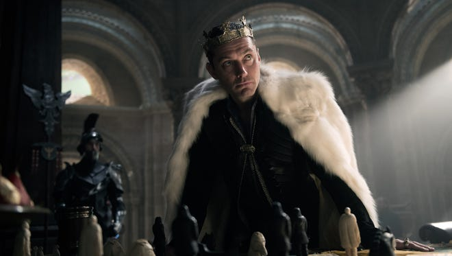 """Now, that's a villain. Jude Law is Vortigern in """"King Arthur: Legend of the Sword."""""""