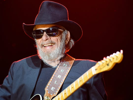 Merle Haggard made a surprise appearance at the Grand