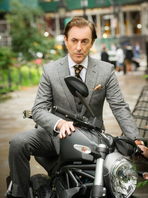 Alan Cumming stars as a professor-turned-detective in CBS midseason drama 'Instinct.'
