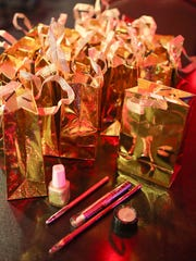 Chicas Gentlemens Club gave these gift bags to applicants