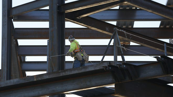Eliminating prevailing wage laws for construction projects in the state likely would harm worker and the economy, writes Abdur Chowdhury.