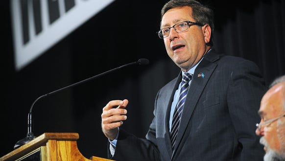 Sioux Falls Mayor Mike Huether is weighing his odds