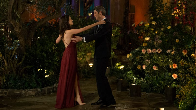 Bachelor No More Arie Luyendyk Jr To Tie The Knot With Lauren
