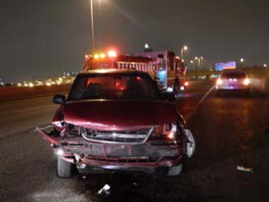 Milwaukee County Sheriff's Office deputies responded to a one-vehicle crash on I-43 southbound at W. Fond du Lac Ave.