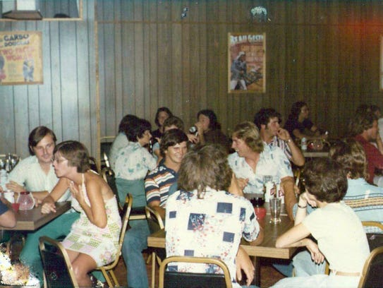 Shore patrons pack the Cameo Room in Exmore during its heyday.