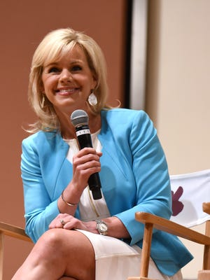 Former Fox News host Gretchen Carlson has filed a lawsuit against the CEO of Fox News, Roger Ailes, for sexual harassment and retaliation.