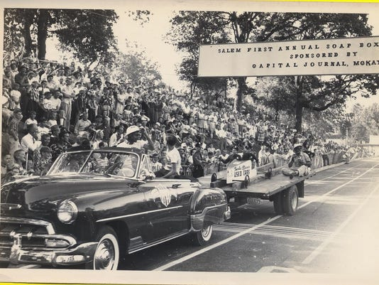 1952-champ-parade