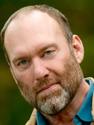 William Christ plays Victor in Geva's 'Private Lives.'