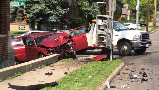 Seven hurt in College Hill crash
