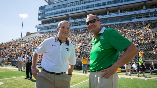North Texas head coach Dan McCarney, right, was reportedly fired from his position following a 66-7 loss Saturday to FCS school Portland State.