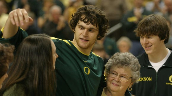 Luke Jackson helped Oregon reach the NCAA tournament in 2002 and 2003.