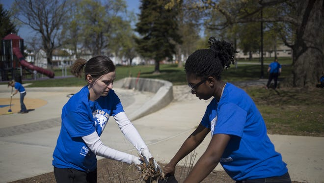 The United Way shared the success of its Youth Court Alliance at a state Senate hearing this week. The students cleaned up a park in April.