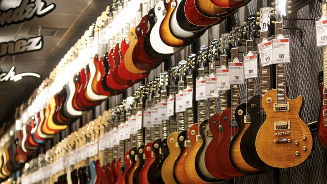 Guitar Center plans to open a store at RiverGate Mall in Goodlettsville.