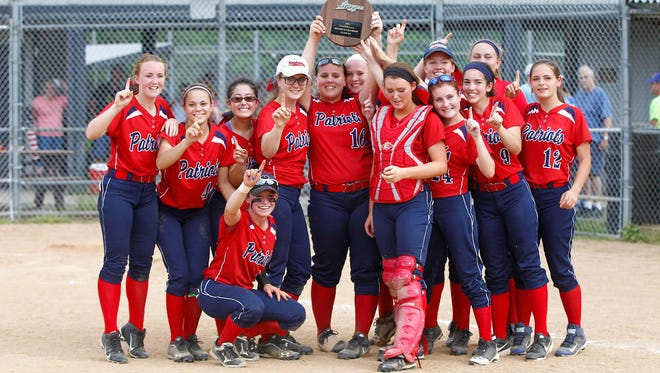 Binghamton advanced to the Class AA softball state semifinals with a 3-2 win over John Jay Saturday.