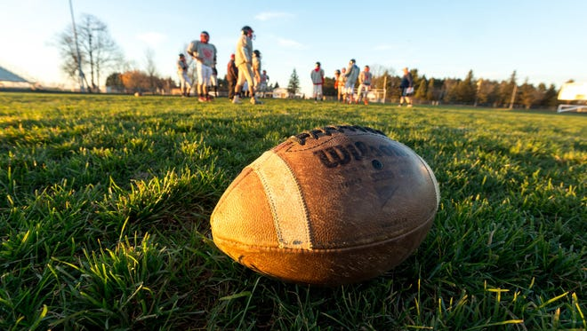 The Abbotsford varsity football team practices Tuesday, November 8, 2016, in order to prepare for their semi-final game against Regis in Eau Claire, Wisconsin.  Tyler Rickenbach/USA TODAY NETWORK-Wisconsin