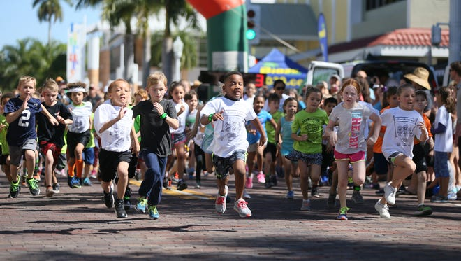 Hundreds of kids run in a series of races Sunday at the Edison Festival of Light Junior Fun Run in downtown Fort Myers. Kids under five ran 50 to 75 yards. Kindergarten students ran a quarter-mile. First and second graders ran a half-mile. Third graders ran a three-quarter mile. Fourth and fifth graders ran a mile. The Fort Myers Track Club coordinated and timed the races.
