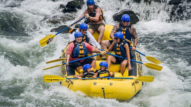 McLaughlin Whitewater Design Group developed a2½ mile whitewater course on a stretch of the Chattahoochee River that runs throughthe heart of Columbus, Ga.