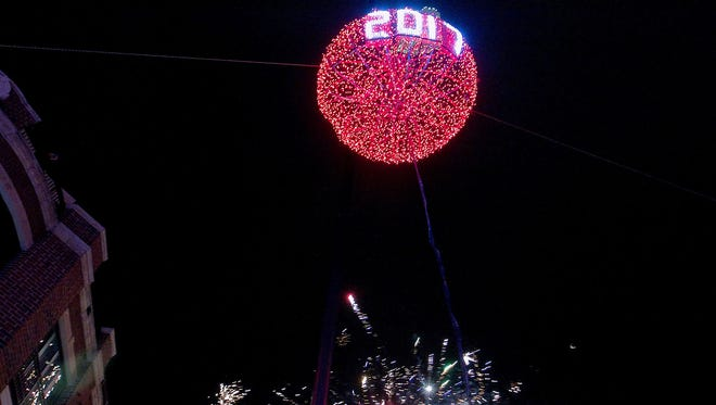 A giant, illuminated cherry will be lowered in Door County to ring in the new year.