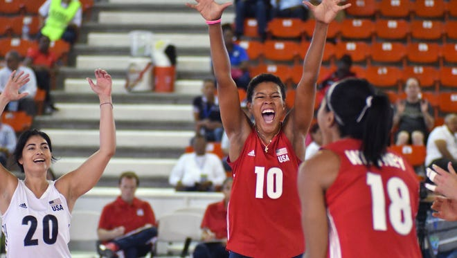 Menomonee Falls graduate Simone Lee celebrates a point for the U.S. national team during  Pan Am Cup play last week.