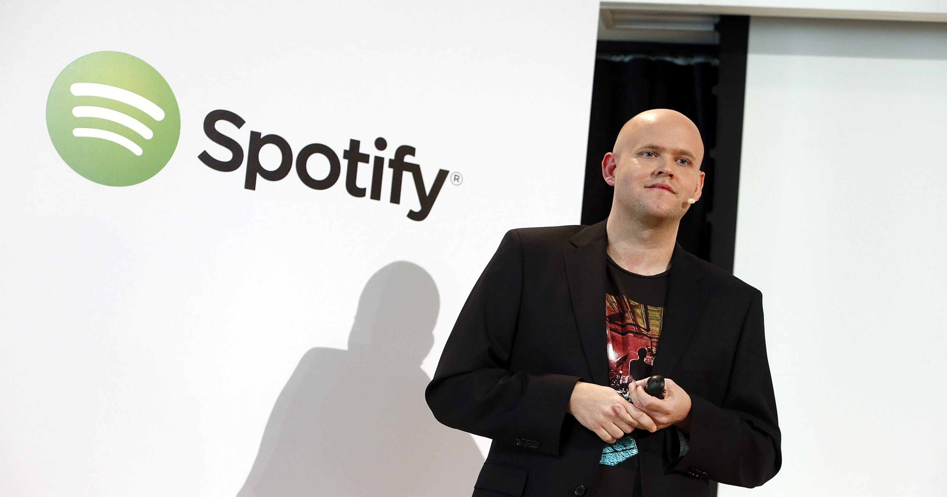 Spotify CEO to Taylor Swift: Isn't $6 million enough?