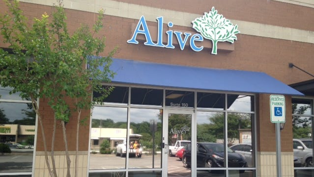Alive Hospice opens its Sumner County office in Hendersonville.