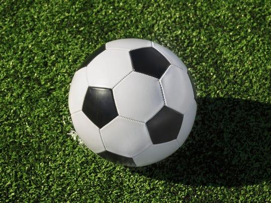 -soccerX2.jpg_20140408.jpg