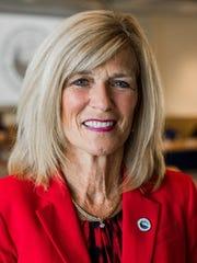 Pauline Repp.
