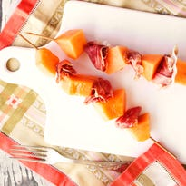 Pack the perfect picnic with these tips, recipes
