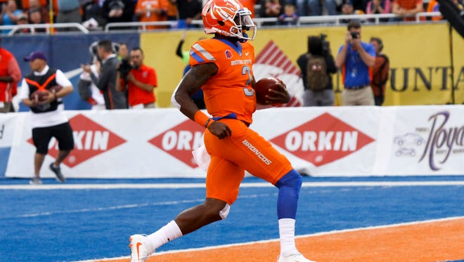 Boise State quarterback Montell Cozart has added another wrinkle to the Broncos offense after transferring from Kansas.