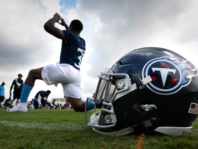 Titans free safety Kevin Byard (31) stretches during