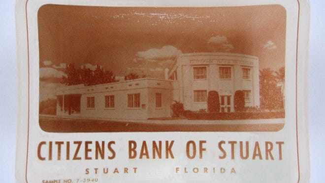 Citizens Bank of Stuart's promotional small glass dish from the 1950s had a photograph of the bank building and could be used as an ashtray or candy dish.