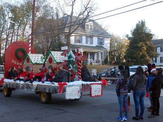 Just one of the floats enjoyed by spectators in the Bridgeton parade.