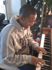 Diversifying his interests, like playing piano, actually helped D.J. Fenner on the basketball court.