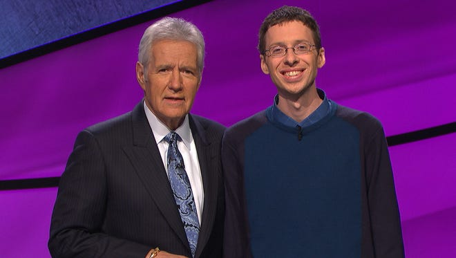 """""""Jeopardy"""" host Alex Trebek, left, with Tim Aten, an editor from Ohio who had a seven-day winning streak on the game show."""