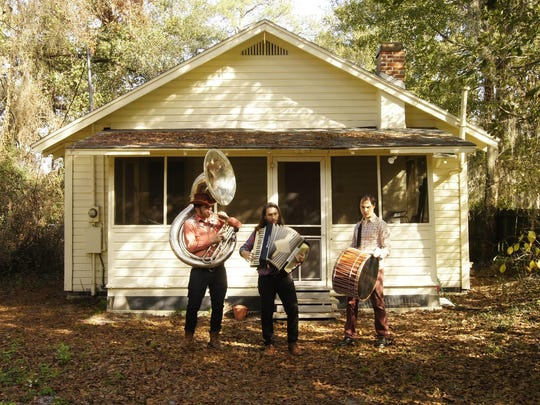Gainesville duo Passersby stop in at the Blue Tavern on Saturday.